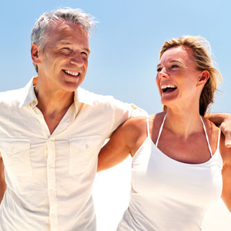 Happily Married Couples Consider Themselves Healthier