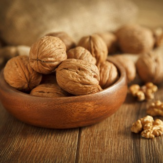 Cancer Protective Effects of Walnuts